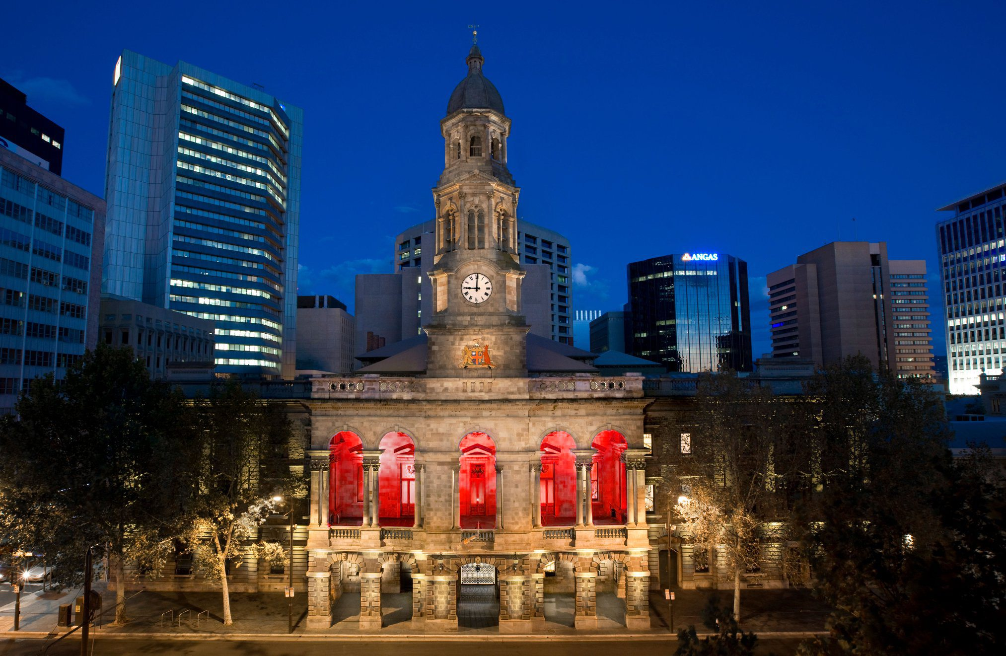 Adelaide Town Hall - City of Adelaide